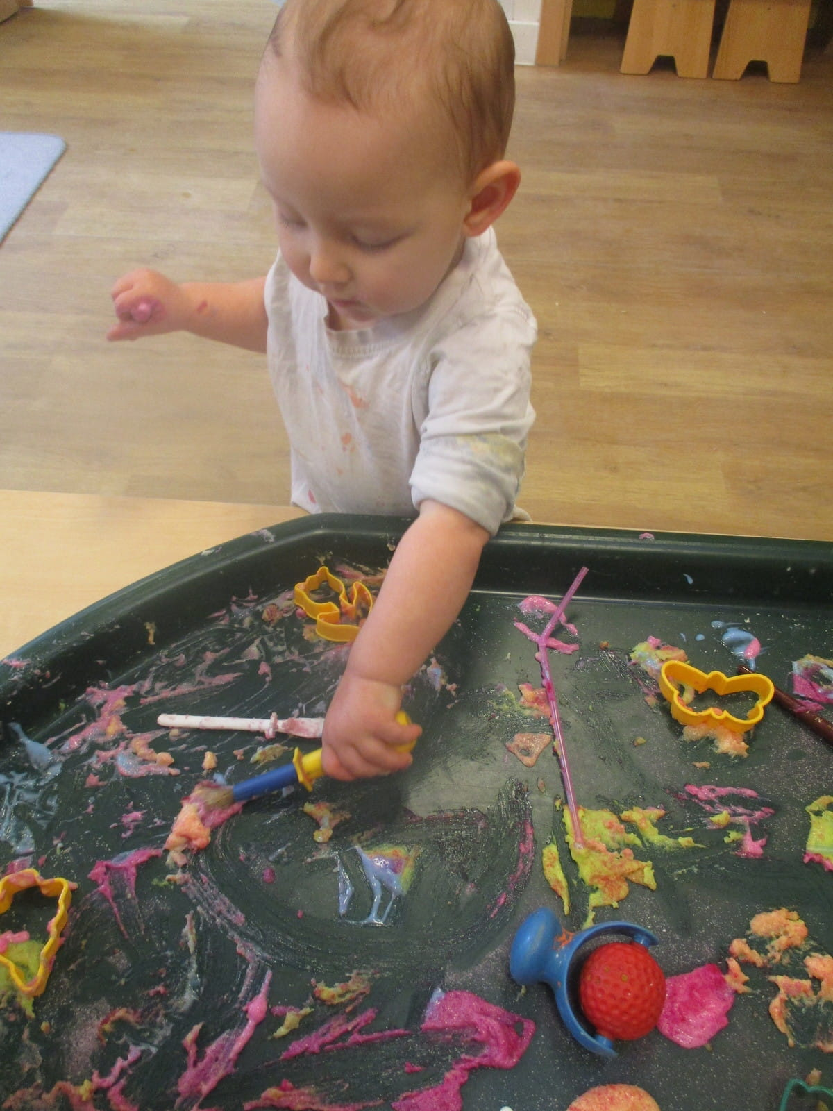 Twickenham nursery children investigate edible paint