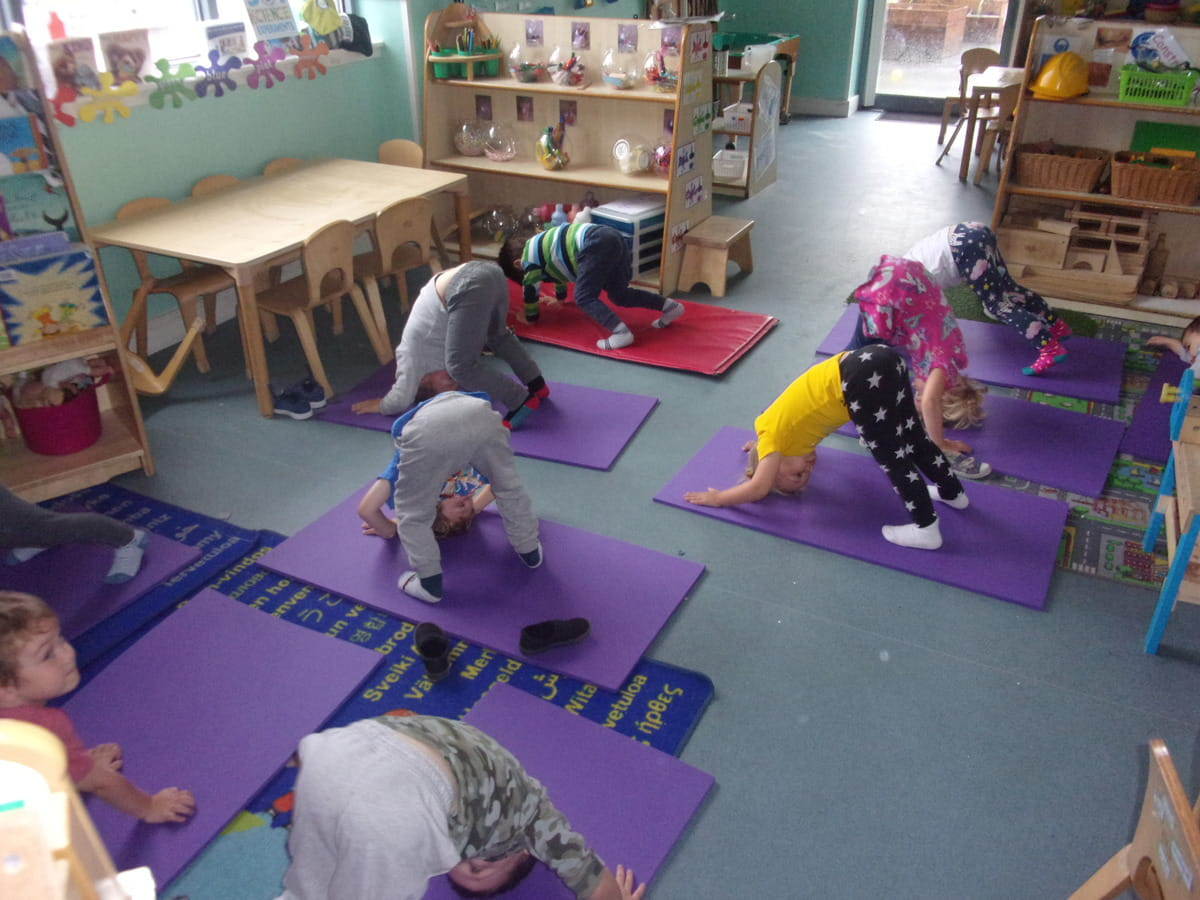 Hull nursery children take part in yoga session during Mental Health Week