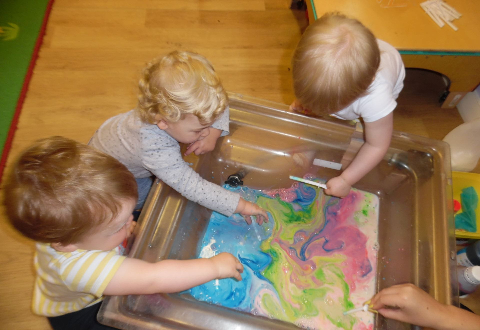 Englefield Green children experiment with milk and food colouring
