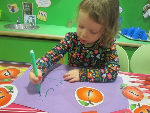 Using Stencils at Crewe Day Nursery and Preschool