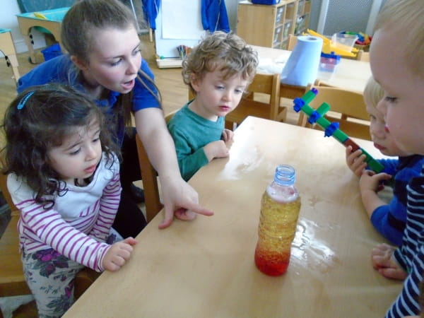 Teddies Esher Day Nursery and Preschool make their own lava lamps