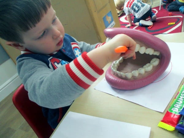 Chiswick Park Day Nursery and Preschool learn about dental care