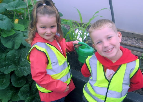 Clairmont Day Nursery and Preschool visit the local farm
